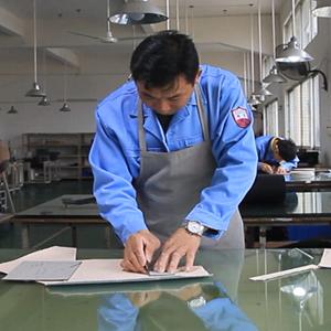 广州博深皮具厂生产解密-裁皮工序