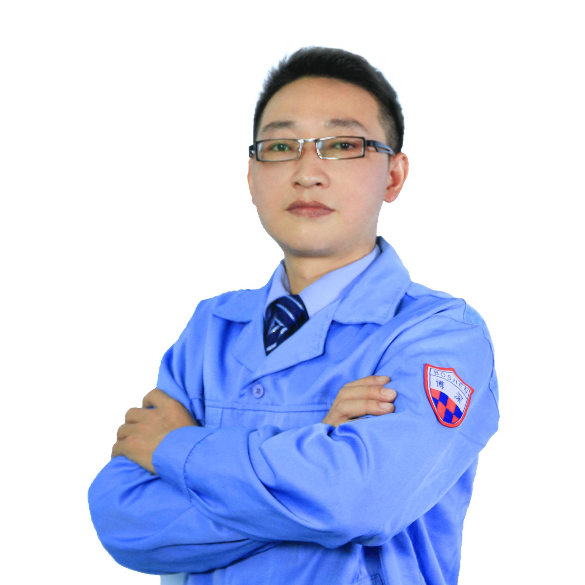 仓储主管欧阳班昆
